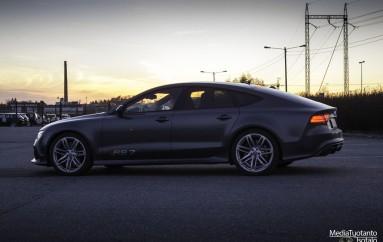 Koeajossa: Audi RS7 (2014)