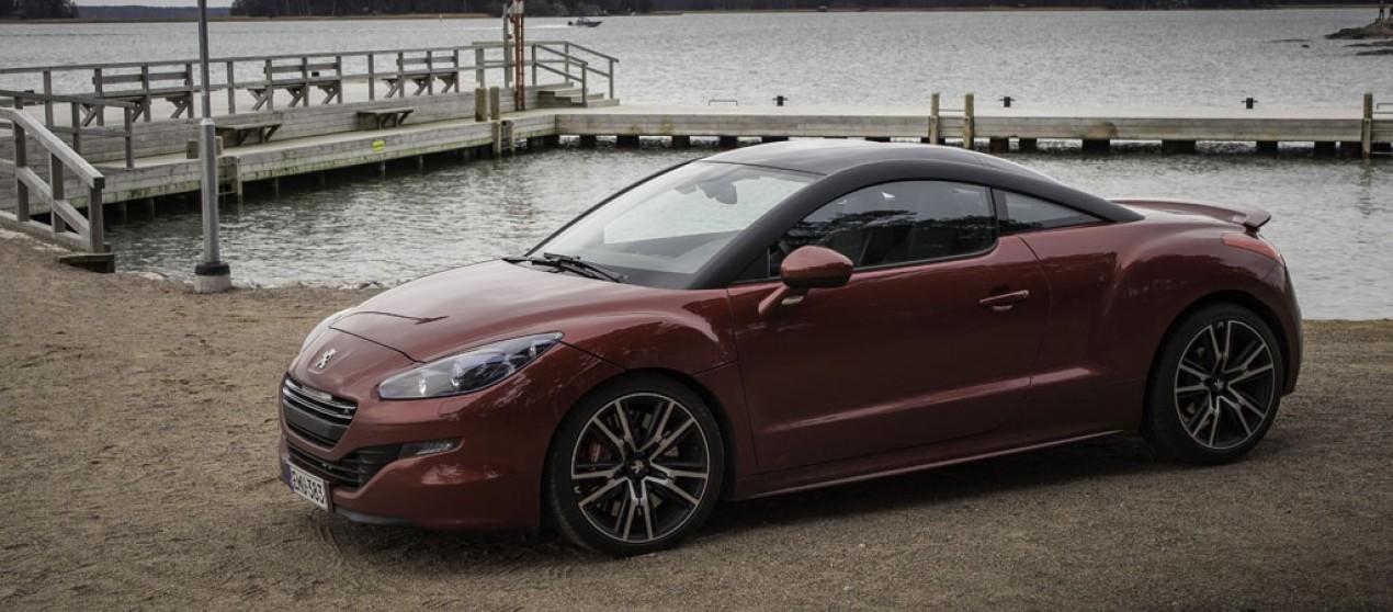 Koeajossa: Peugeot RCZ-R