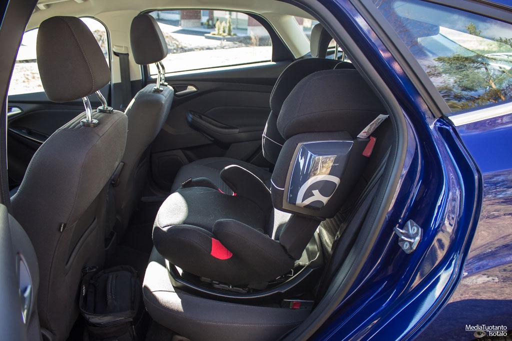 Ford Focus takapenkit